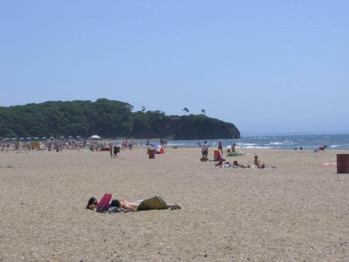 На Шаморе готовят пляжи к приезду отдыхающих, но вода там не соответствует сантребованиям