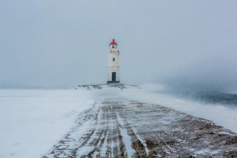 Вероятность высокая: синоптики ухудшили прогноз по снежному циклону в Приморье
