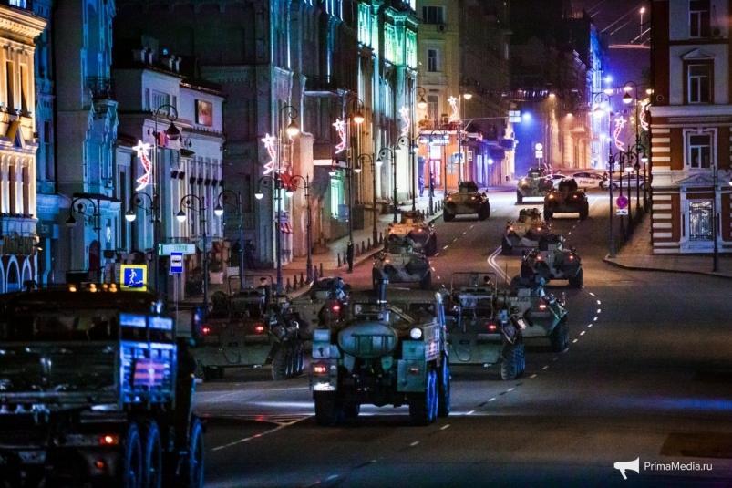 Ночью в центре Владивостока будут действовать ограничения из-за репетиции парада Победы
