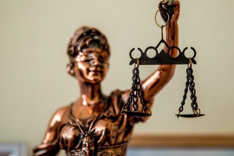 Сотрудник Примводоканала предстанет перед судом за мошенничество