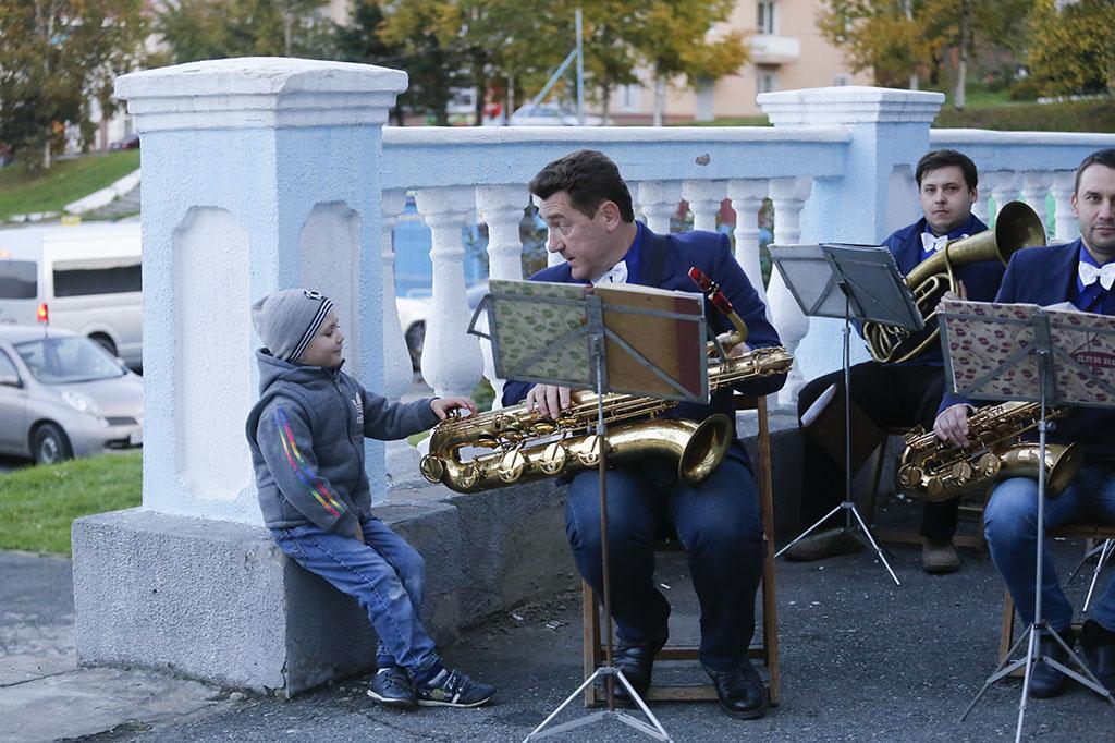 Духовой оркестр вновь собирает друзей на музыкальные вечера