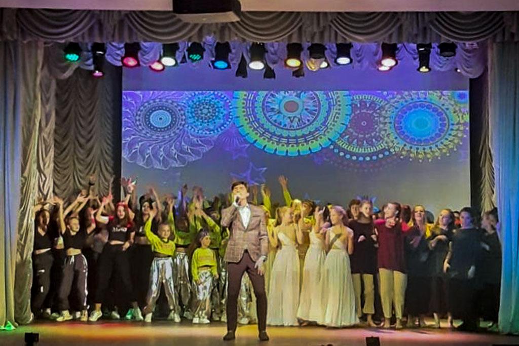 Танцуй как мы -  танцуй лучше нас. В Муниципальном Доме молодёжи  состоялся яркий танцевальный марафон «PRO движение»