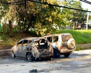 Сегодня ночью в Находке на Пограничной горели автомобили.