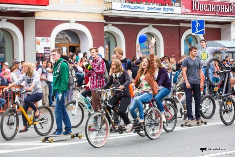 Дальневосточная молодежь: на окраине России
