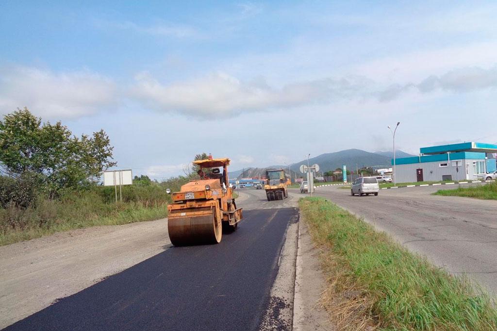 Долгожданный ремонт: на объездной дороге в Северном микрорайоне укладывают новый асфальт