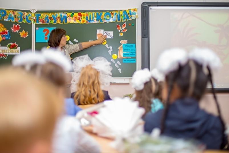 Свыше 100 различных мероприятий проведут волонтеры для школьников Приморья
