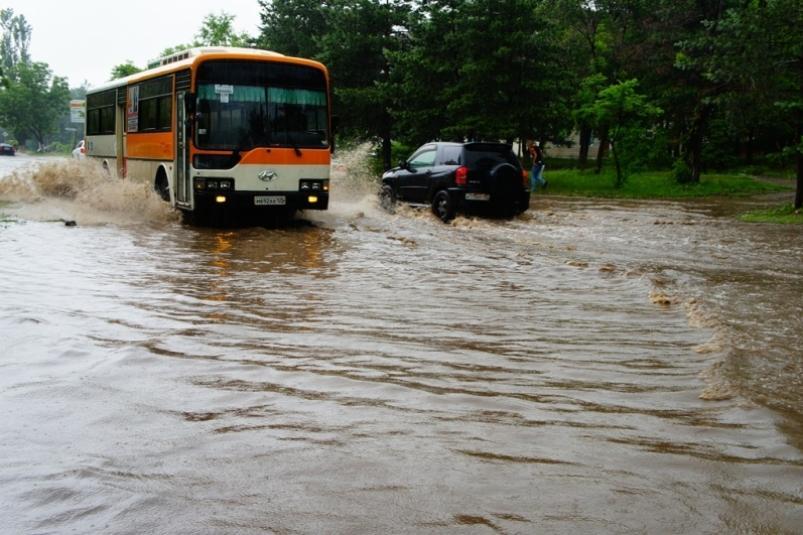 Последствия сильных дождей устранили в Приморье