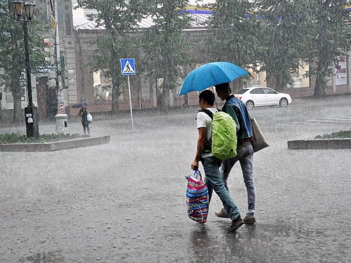 Министерство ГО и ЧС переведено в режим повышенной готовности из-за тропического шторма