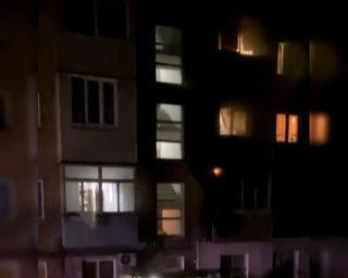 Сегодня ночью в Находке на Ленинградской 20, горела квартира.