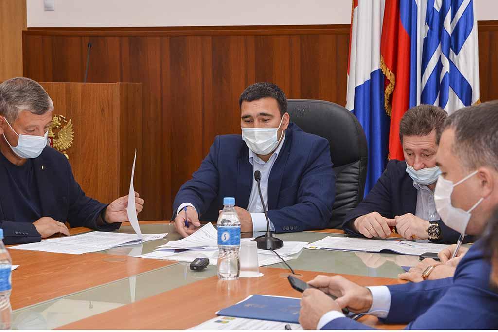 Партия «Единая Россия» провела круглый стол на социальные темы