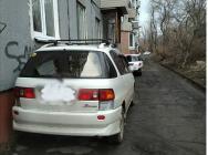Полиция отреагировала на претензии жителей Находки к нарушителям правил парковки во дворах