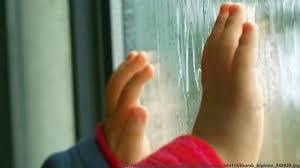 Полиция Находки предупреждает: открытые окна представляют опасность для маленьких детей!
